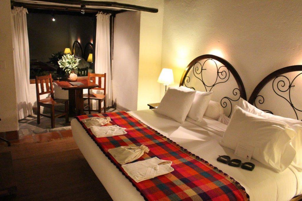 Inkaterra Machu Picchu Pueblo junior suite bedroom