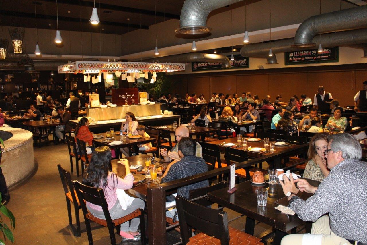 The Restaurante Pachita has a very lively environment
