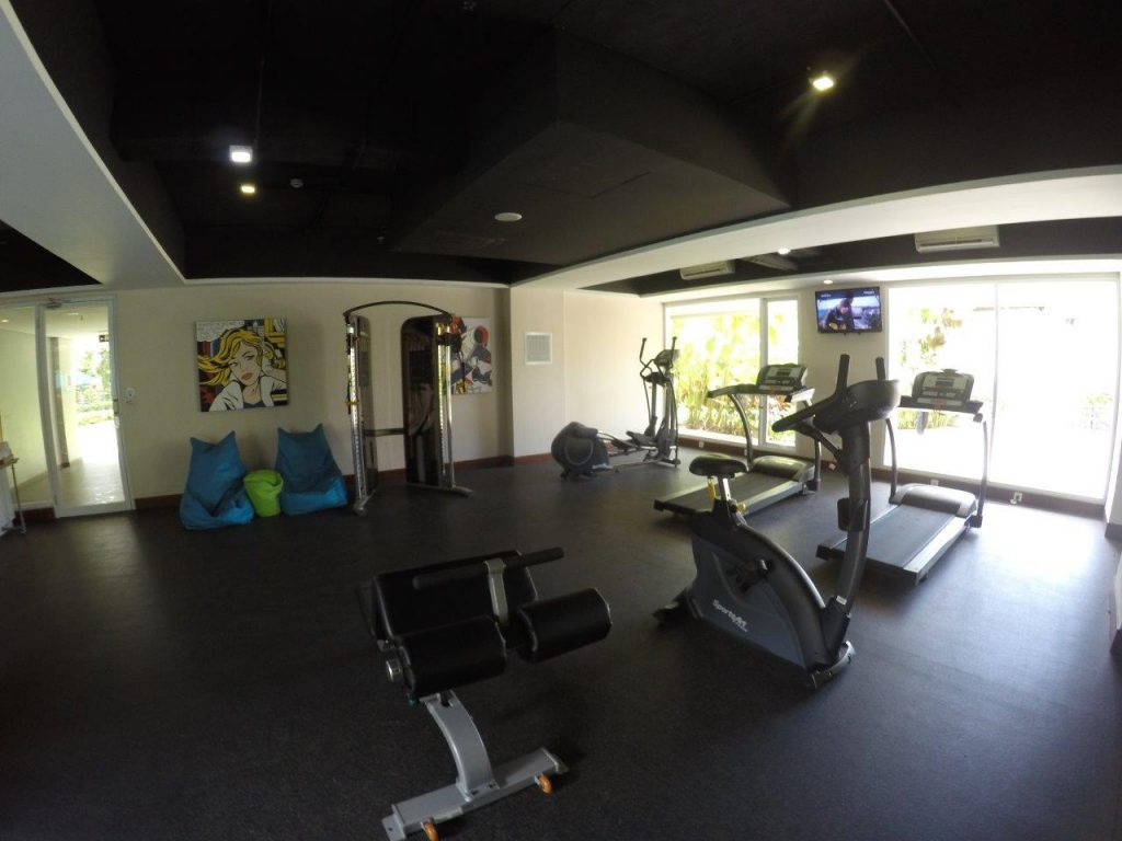 I (almost) went to the gym at the Ramada Encore Bali Seminyak... :)