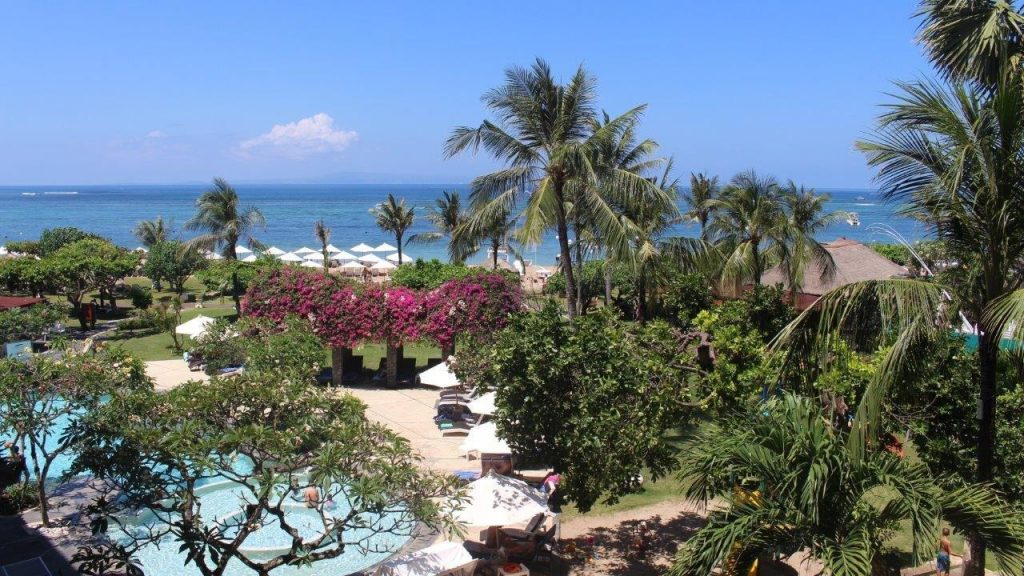 Pool and ocean view at the Grand Mirage Resort & Thalasso Bali