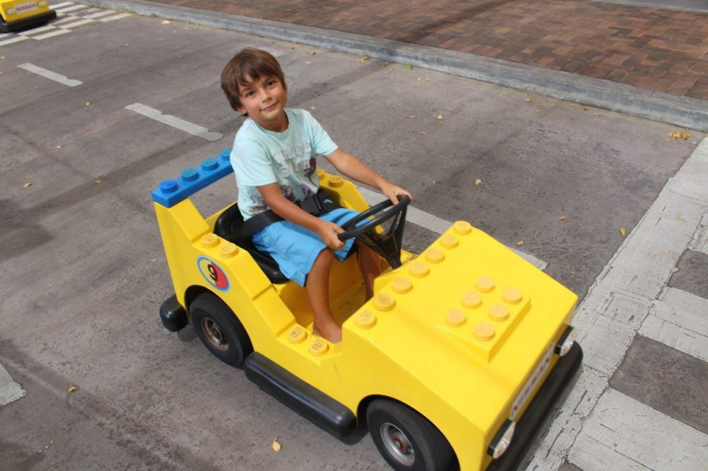 One of the passions of Noah is driving :), so at Junior Driving School he was at home