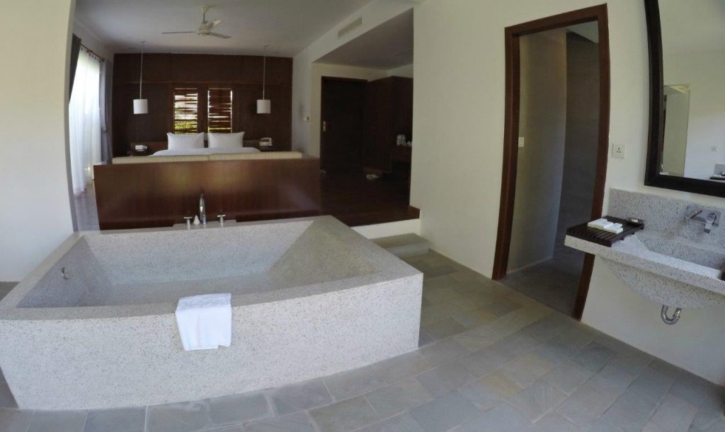 The bath in our room at Elegant Angkor Resort & Spa was enormous