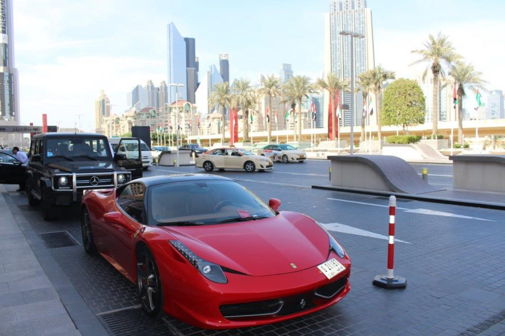 One of the many luxurious cars that usually park in front of The Dubai Mall